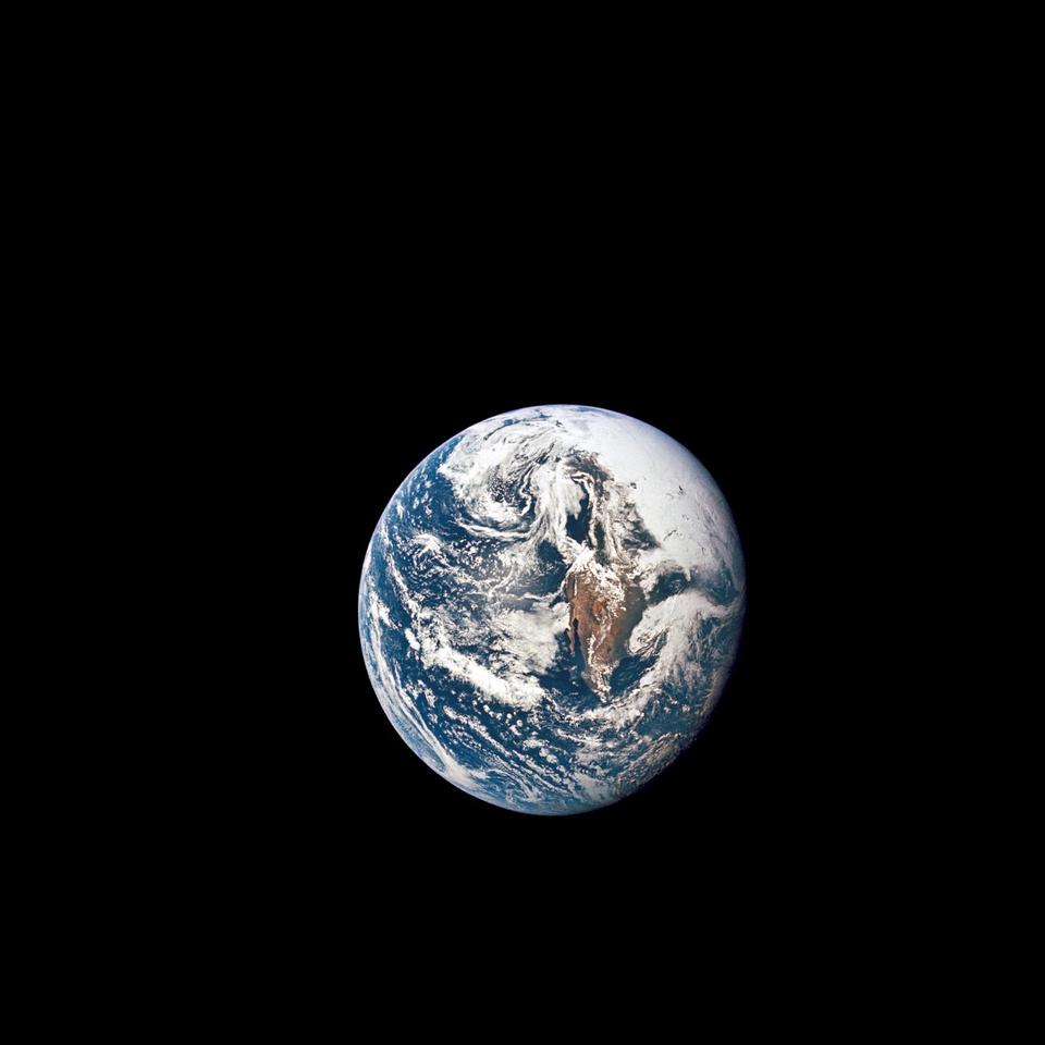 Astronomers have examined which exoplanetsmight be able to spot Earth using the transit method that we use to spot them