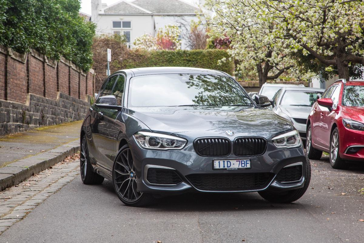 Those spindly-spoked wheels are part of the Performance Edition package on the M140i