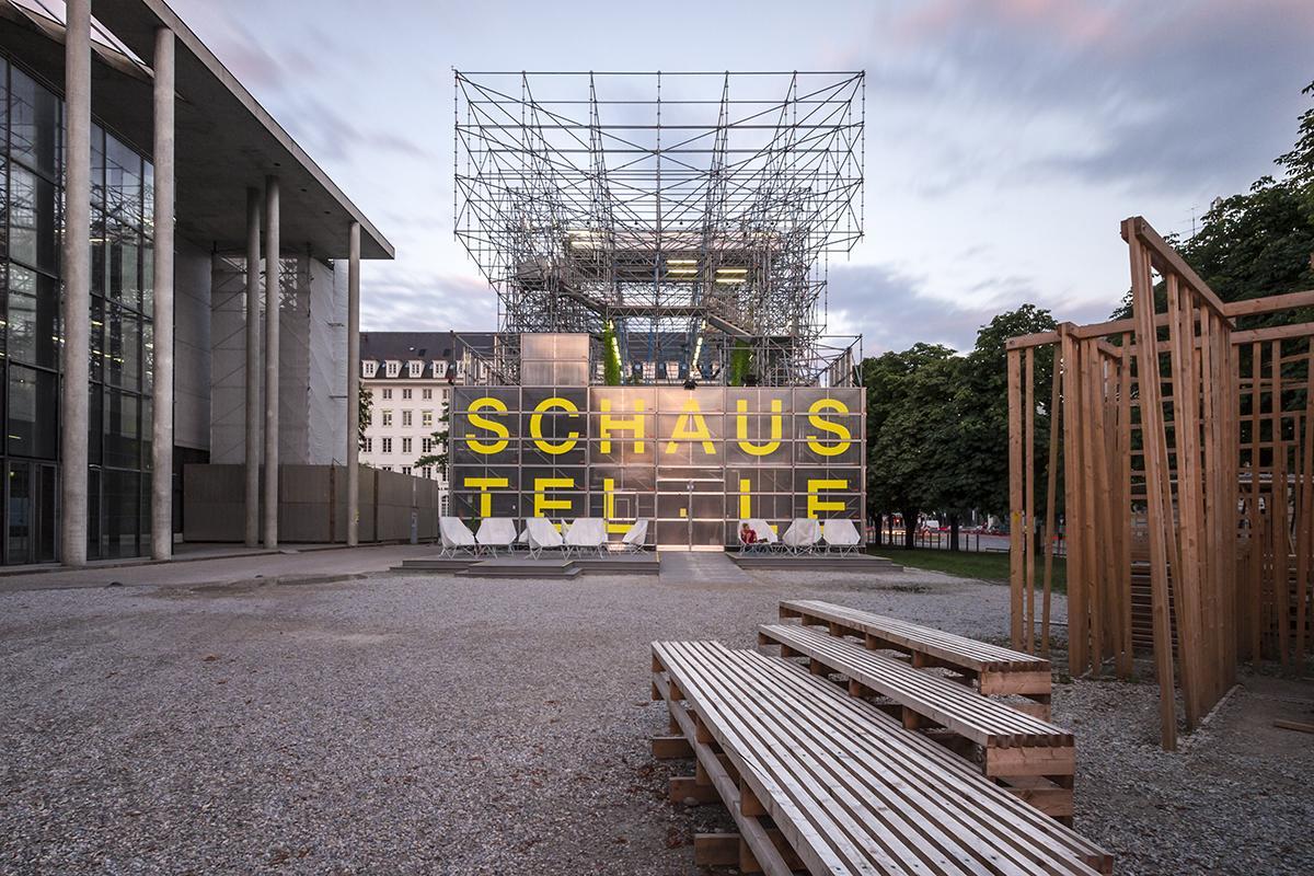Schaustelle was designed by Jürgen Mayer H. (Photo: Photographs of Architecture)