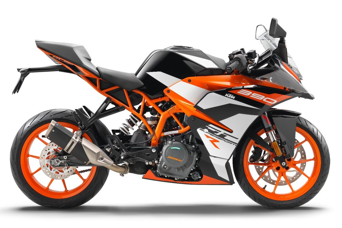 KTM RC390R: fully adjustable suspension is the biggest change, but it also features engine changes and a racier riding position thanks to an adjustable top yoke and handlebars