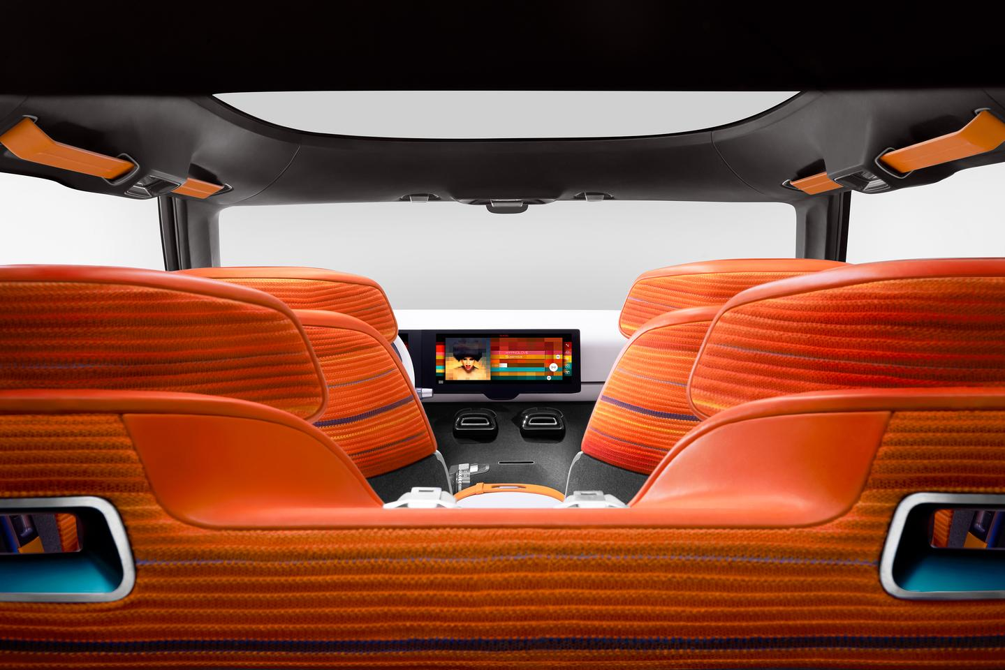 Inside the Aircross concept