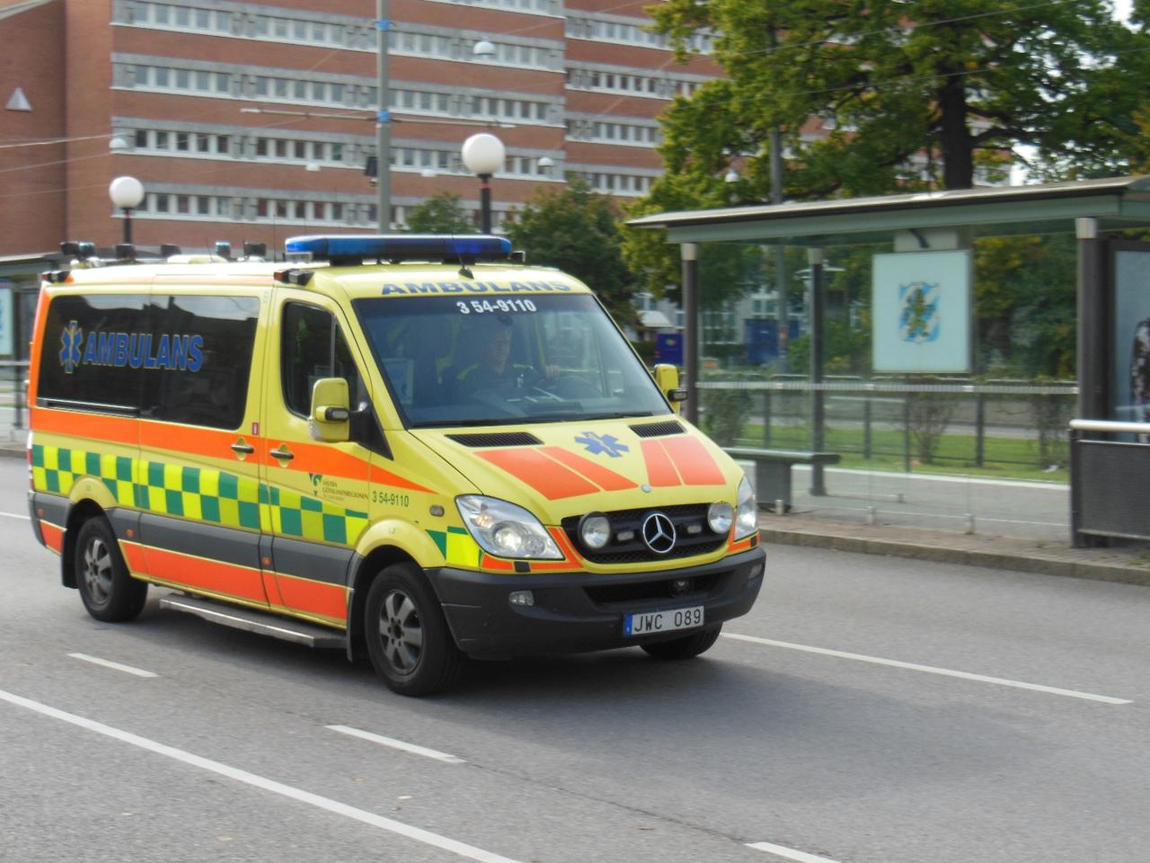 The EVAM System transmits audio and text warnings from ambulances to other vehicles