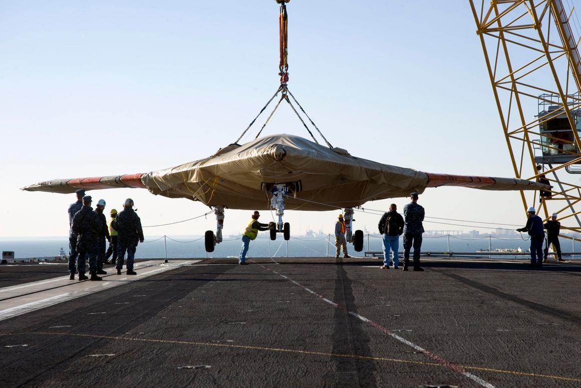 The X-47B UCAS arrives onboard the USS Truman, the first modern aircraft carrier to host test operations for an unmanned aircraft (Photo: U.S. Navy MC3 Lorenzo J. Burleson)