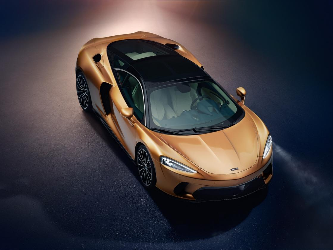 Powering the new GT model is a new 4.0-liter twin-turbocharged V8 that outputs 620PS (456 kW) and 465 pound-feet (630 Nm) of torque