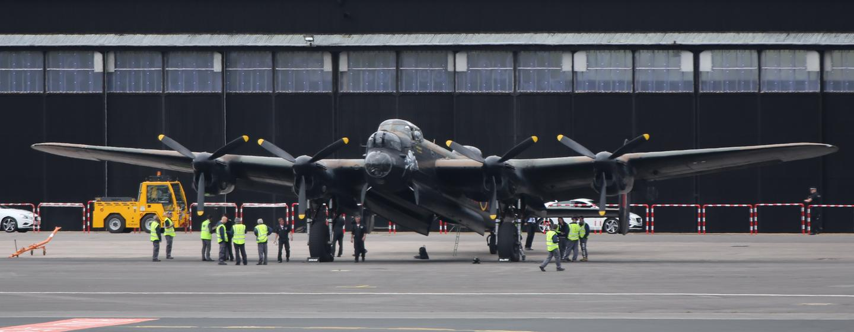 Lancaster Bomber on the deck (Photo: Gizmag)