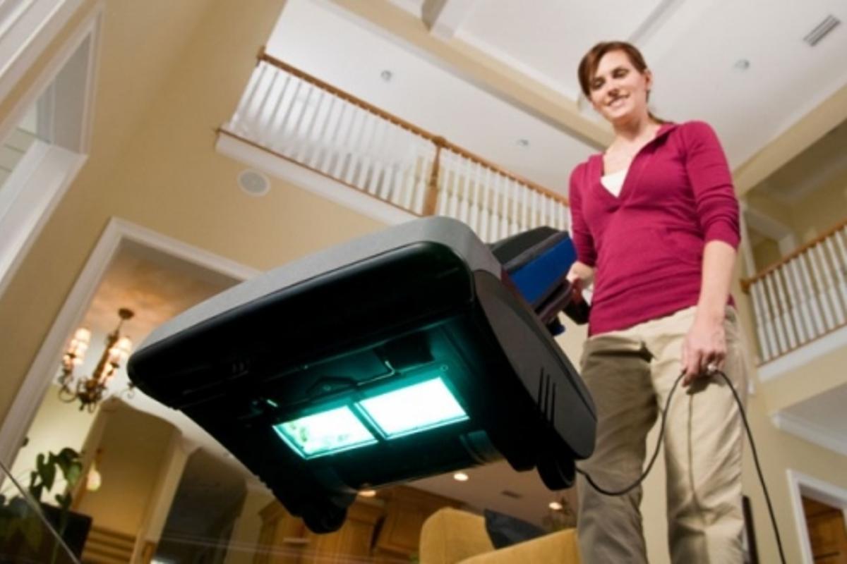 Oreck Halo UV vacuum cleaner