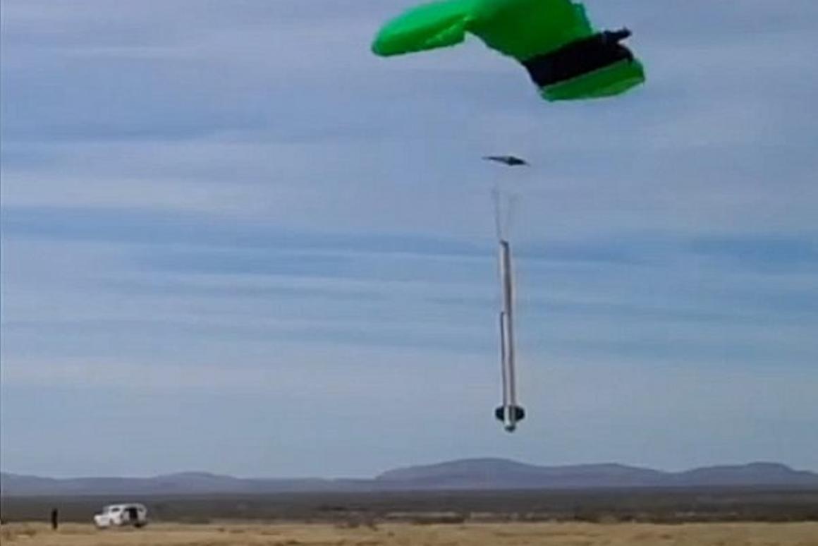 Armadillo Aerospace's STIG-B floats into a GPS-guided soft landing