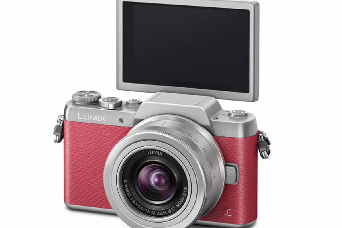 The Panasonic Lumix GF7 is the latest interchangeable lens camera to be marketed on its selfie-friendly credentials