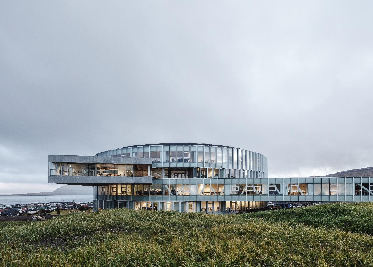 Glasir is home to the Faroe Islands Gymnasium, Tórshavn Technical College and a Business College