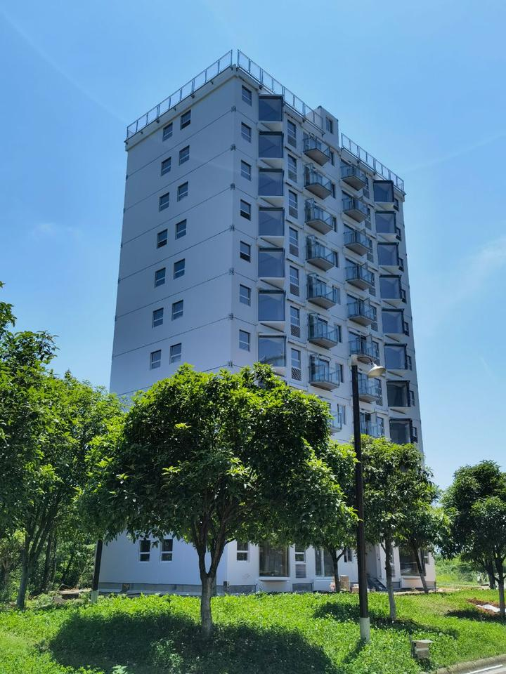 This high-rise building was assembled in 28 hours and 45 minutes in Changsha, China, using prefabricated building modules