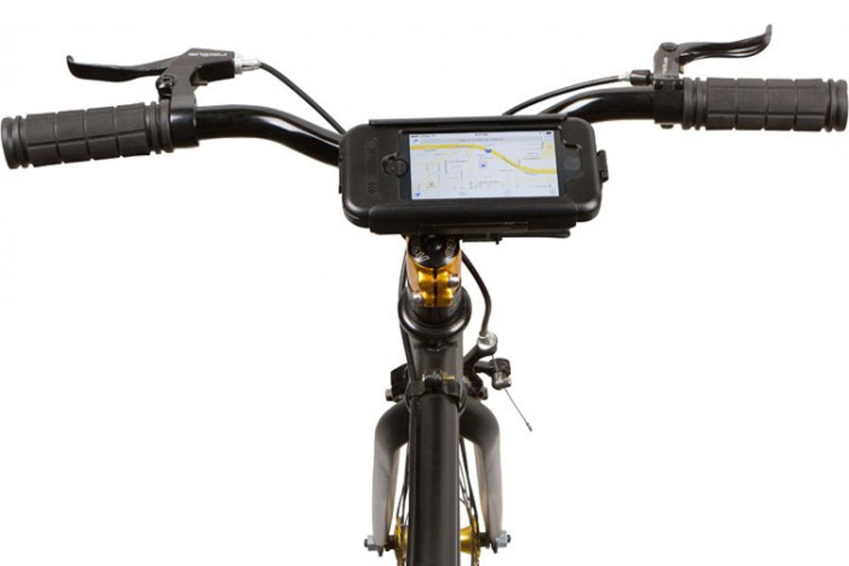 A view of the BikeConsole Smart Mount for iPhone 5S in use in landscape mode