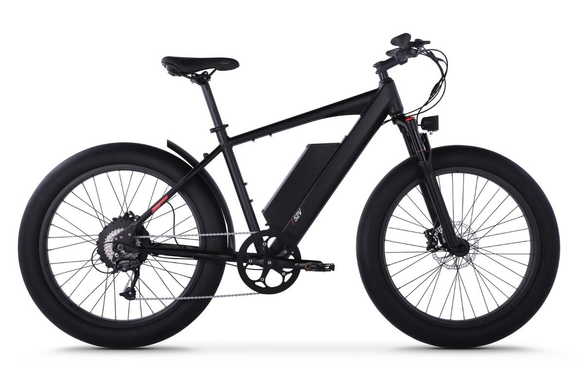 The HyperFat 1100 from Juiced Bikes isan 1,100-continuous-watt, 40-mph fat-tired beast