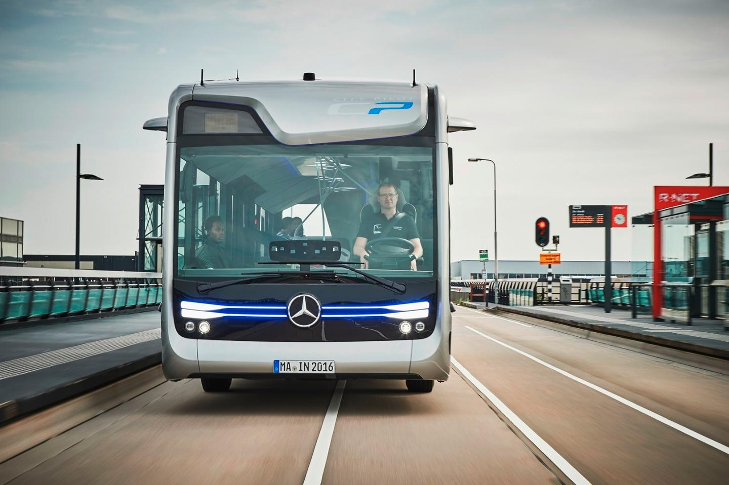 The bus is powered by a 220-kW (299-hp) Mercedes-Benz OM 936 in-line six-cylinder engine