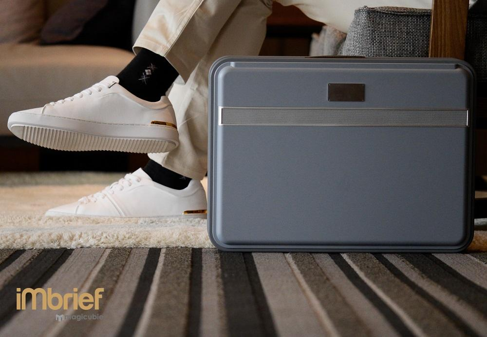 The iMbrief briefcase is designed to function as a mobile office