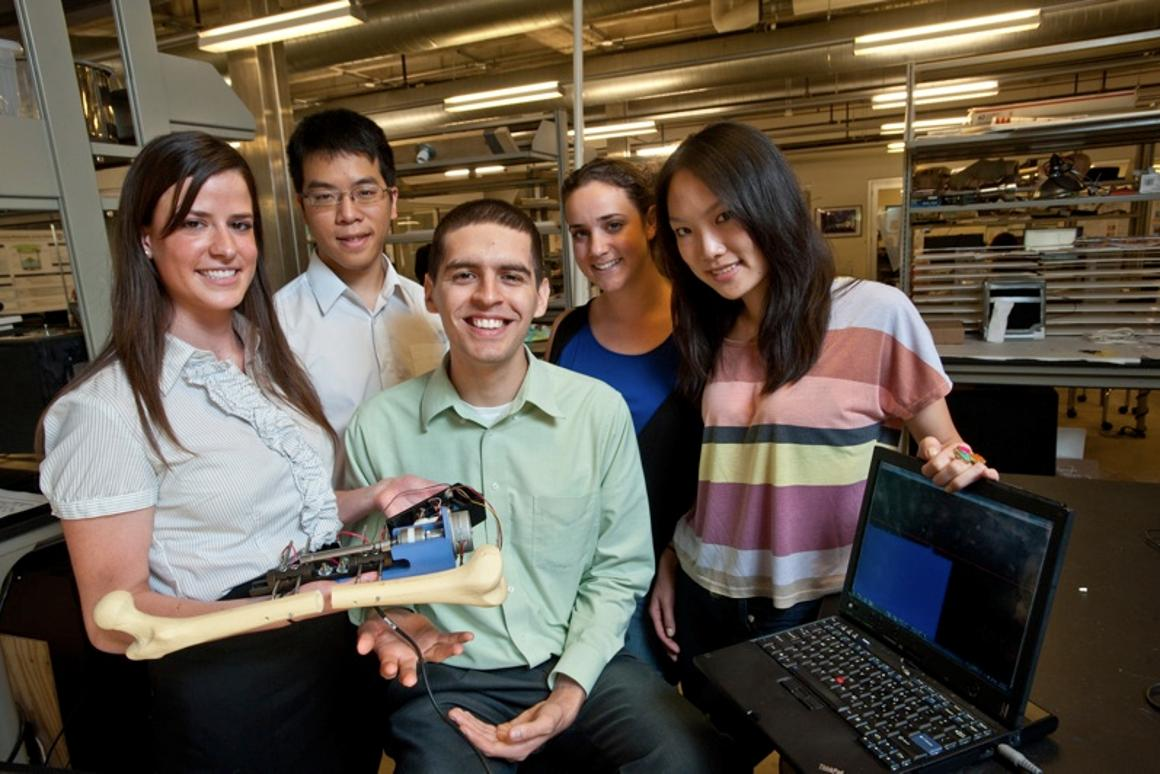 Rice University's Team Break-and-Make, with their automated linear distractor