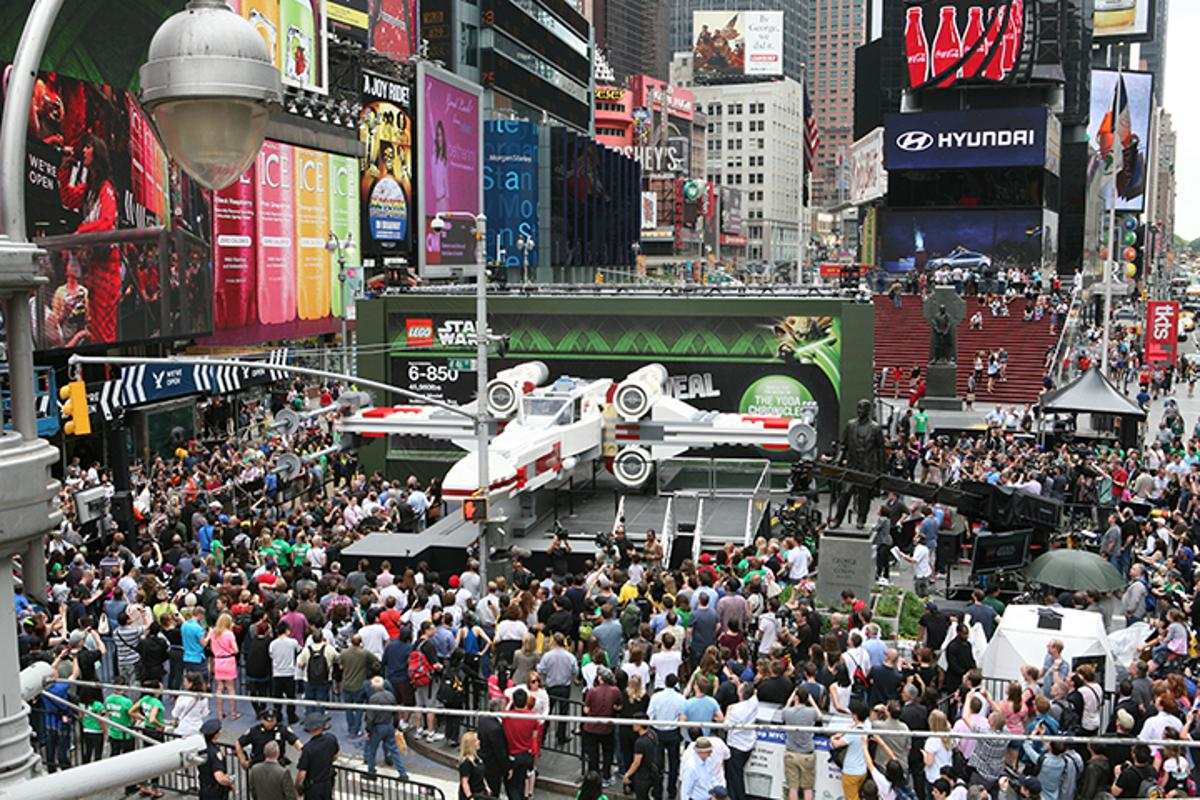 The 1:1 scale Lego X-Wing is unveiled in Times Square