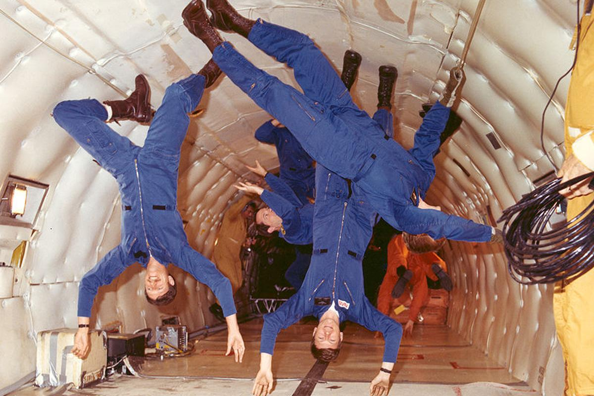 Astronauts training aboard the KC-135 aircraft, which inspired the proposed Zero Gravity Roller Coaster (Photo: NASA)