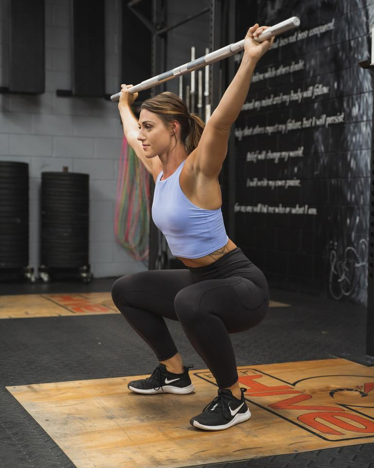 The RomRod features a standard checkered knurl, making it great for perfecting weightlifting techniques