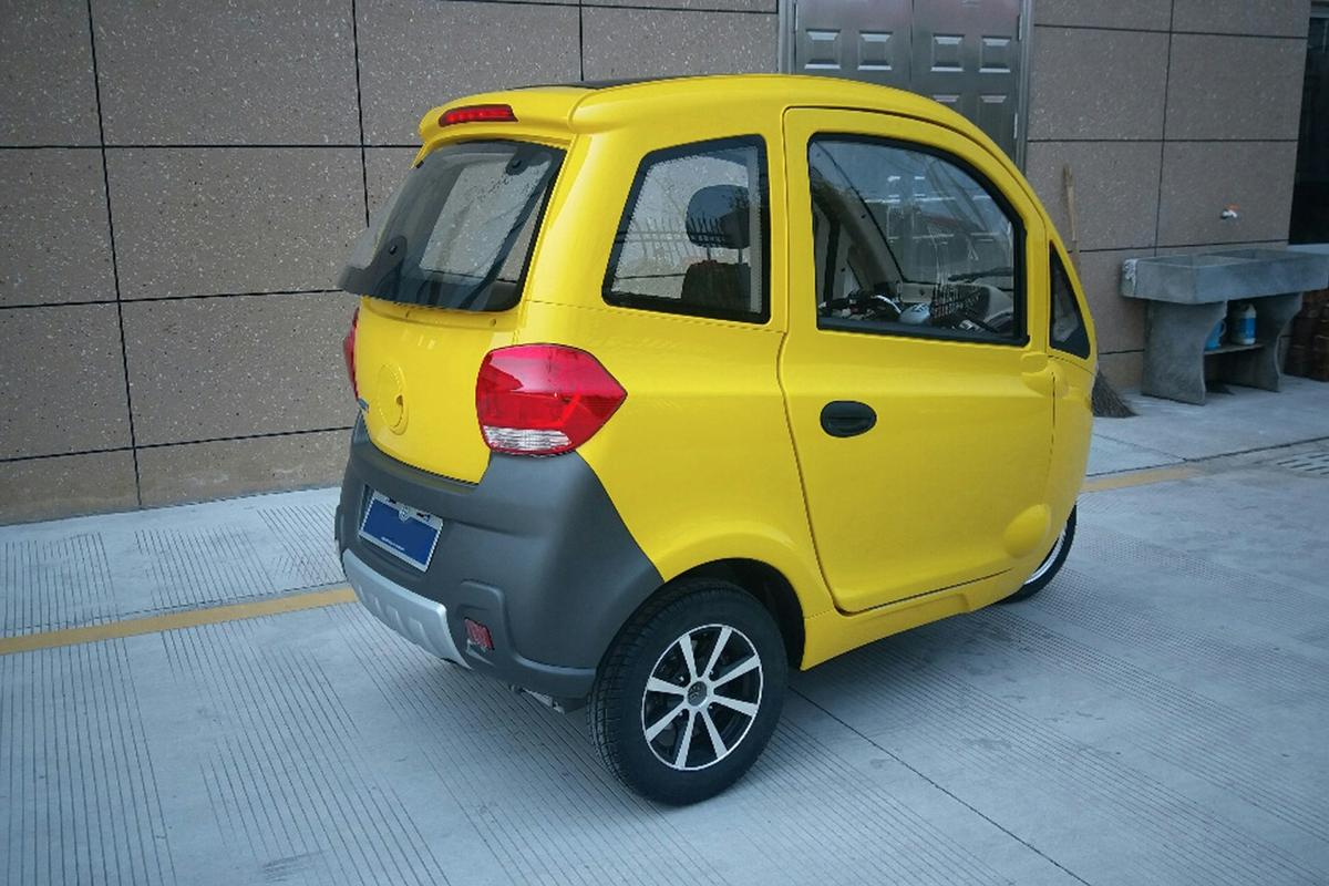 ZEV T3-1 Micro:this awkward looking quarter-size minivan can carry 3 people, or a bunch of cargo
