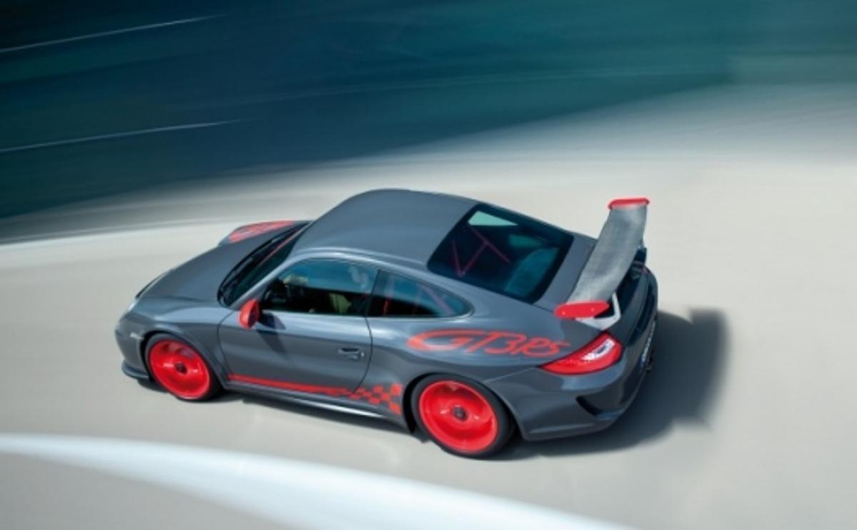 The 2010 Porsche 911 GT3 RS offers more power, less weight, a slicker gearbox and a sleeker shape.