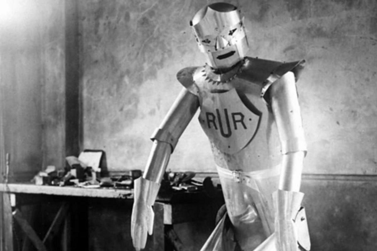 The London's Science Museum is rebuilding a much-loved robot that traveled the world back in 1928, for inclusion in their new Robots exhibition