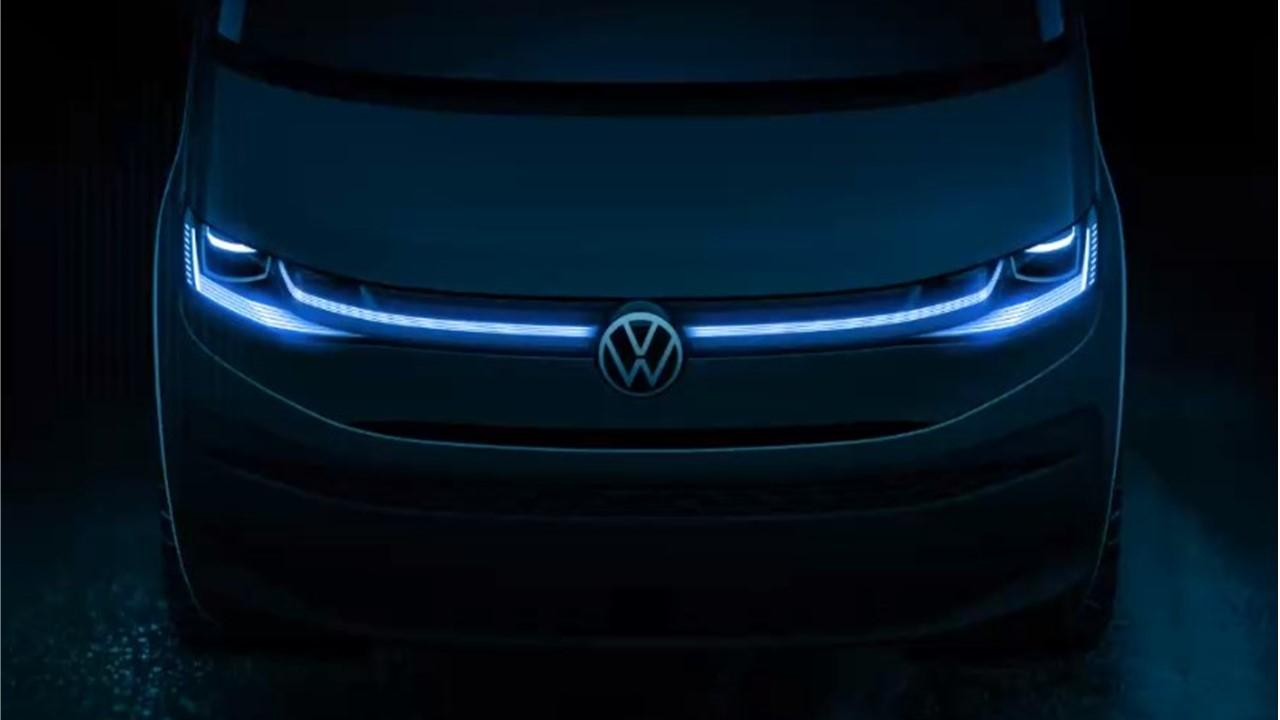 Like Volkswagen's ID.4 and Taos, the new T7 Multivan has a thin, horizontal lighting signature connecting the headlamps with the center logo