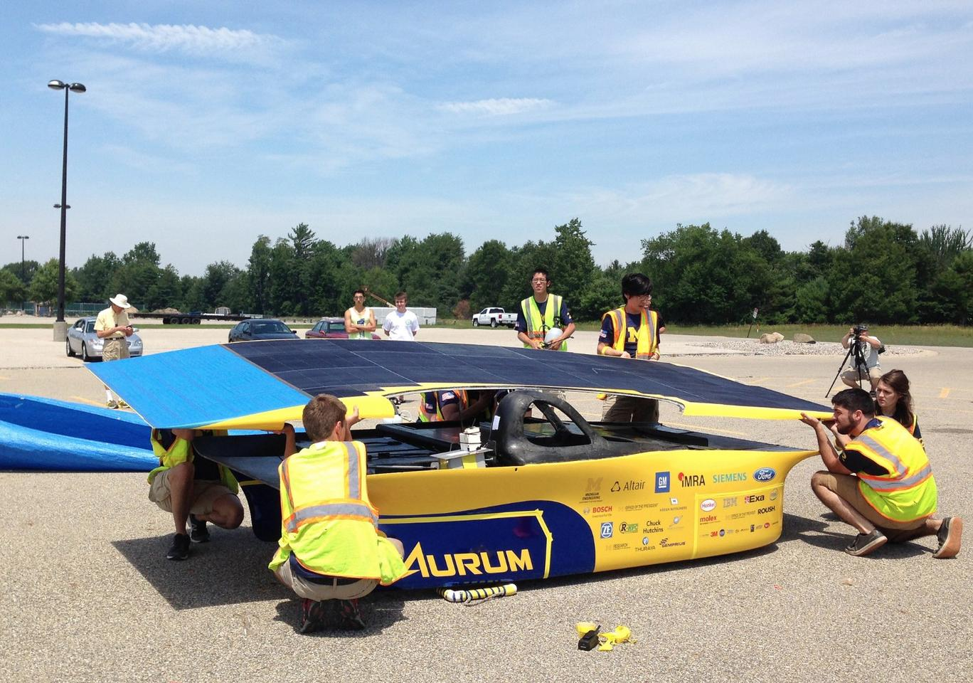 Like every other team currently taking part in the World Solar Challenge, an arduous 3,000 km (1,864 mi) solar-powered race across the Australian outback, the University of Michigan (UM) will look to keep its car chugging along by exposing it to as much sunlight as possible