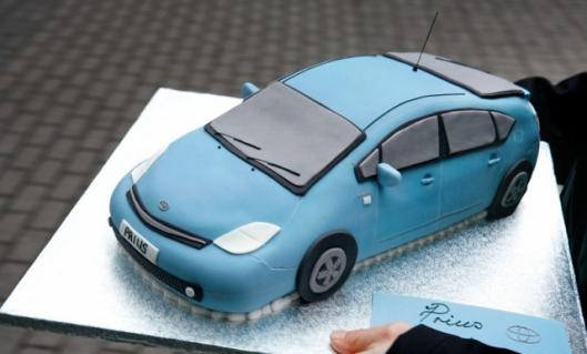 Toyota Prius celebrates 10th anniversary