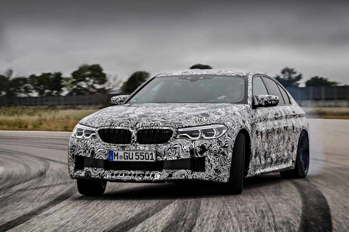 The new BMWM5 will be automatic only
