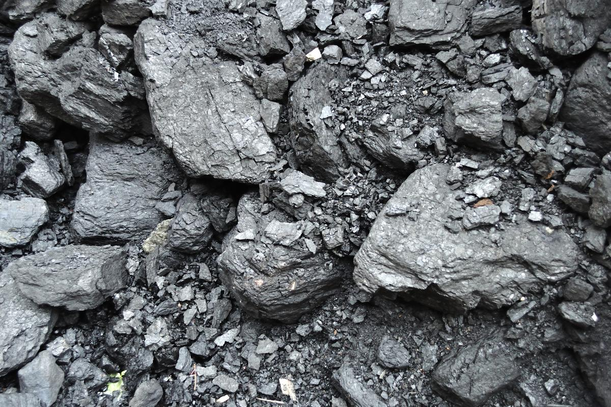A recent MIT study has found that far less carbon dioxide than the ideal prediction of 90 percent may be turned into rock when sequestered (Photo: Shutterstock)