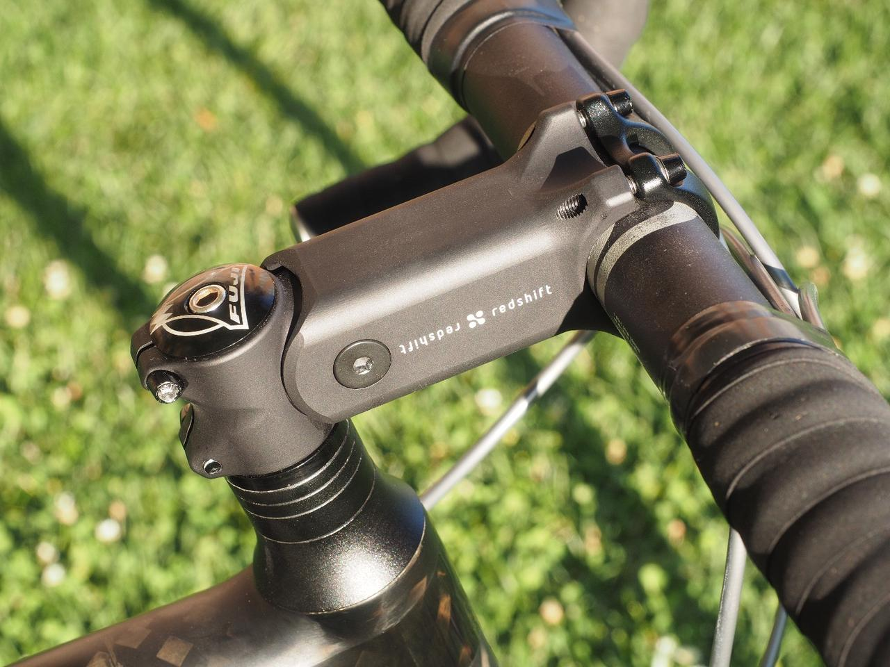 The ShockStop handlebar stem pivots to soak up road vibrations