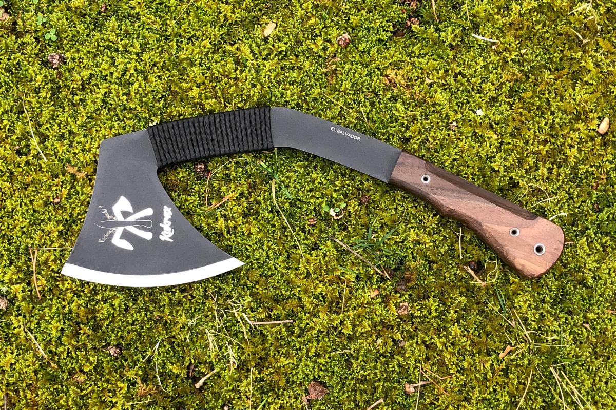 This unique melding of weaponry and survival tools measures 15.75 inches (40 cm) in length
