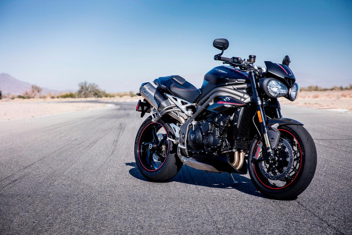 It's evolution, not revolution for the Triumph Speed Triple this year - but a decent engine upgrade, cruise control and the new TFT dash make it highly desirable