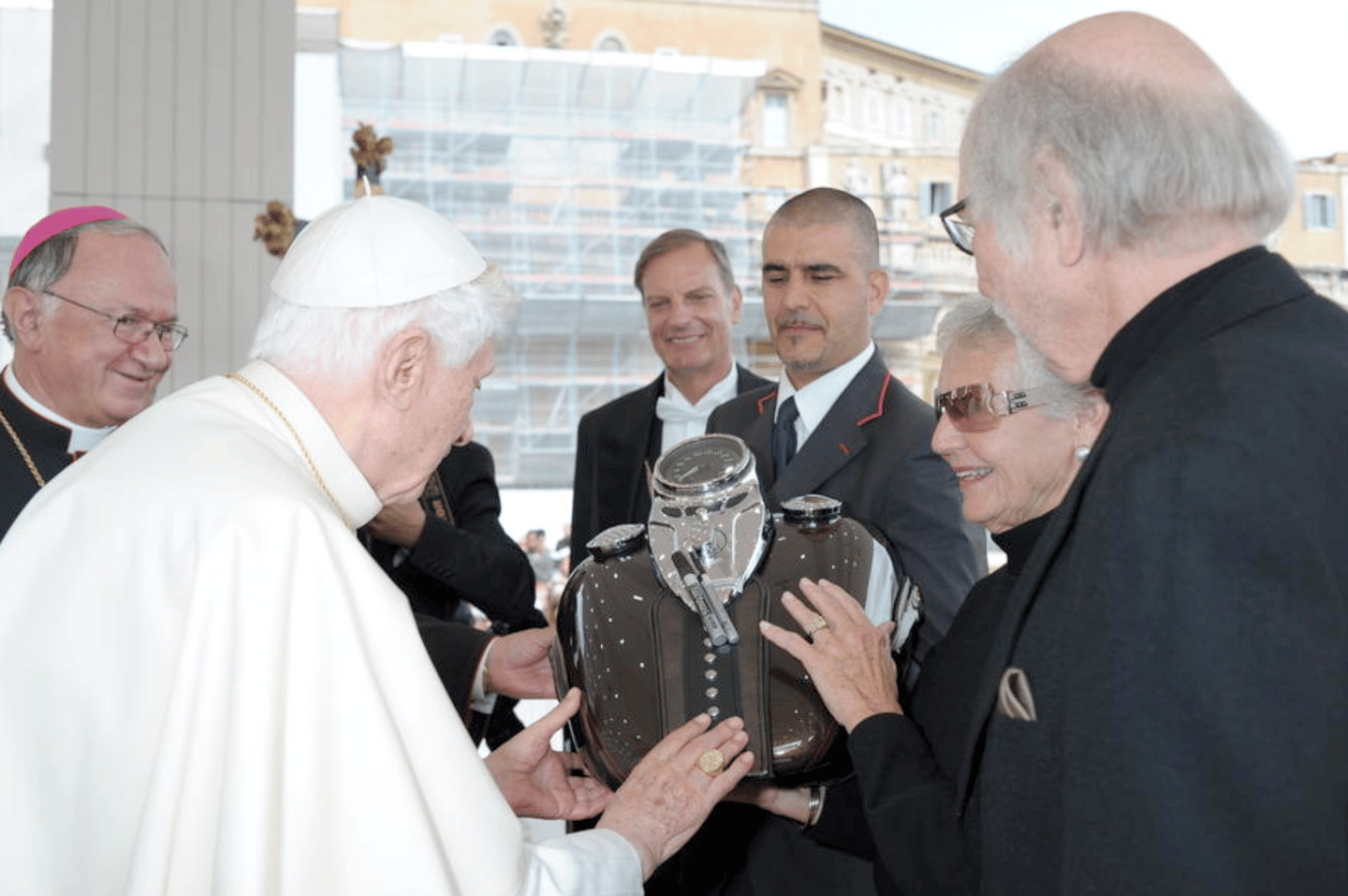 As part of Harley-Davidson's 110th anniversary celebrations, two commemorative motorcycle fuel tanks were presented to the then Pope, Benedict XVI