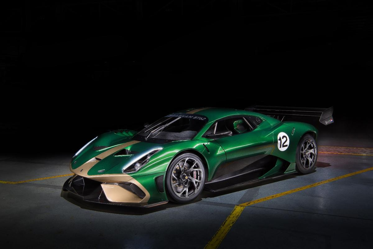 The Brabham BT62 weighs in at a mere 972 kilograms (2,143 pounds, dry) and has a huge 5.4-liter V8 that outputs 700 bhp (522 kW) and 667 Nm (492 pound-feet) of torque