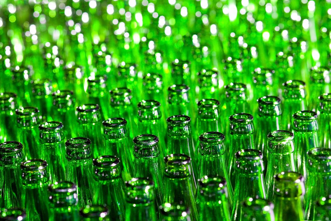 Researchers at UCR have found a way to make better batteries usingdiscarded glass bottles