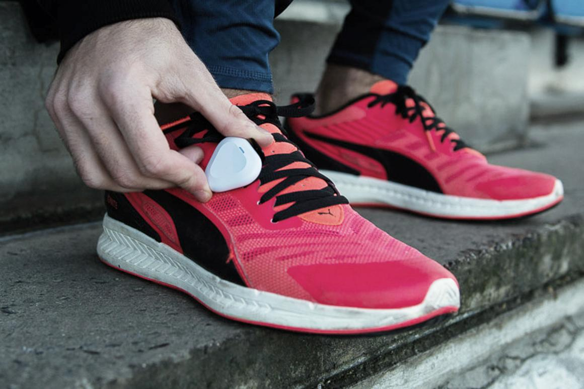 The ShftIQ lets you know what's wrong with your running form in real-time