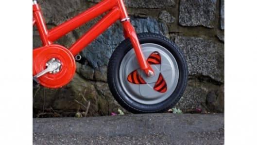 The Gyrowheel replaces the bike's stock front wheel
