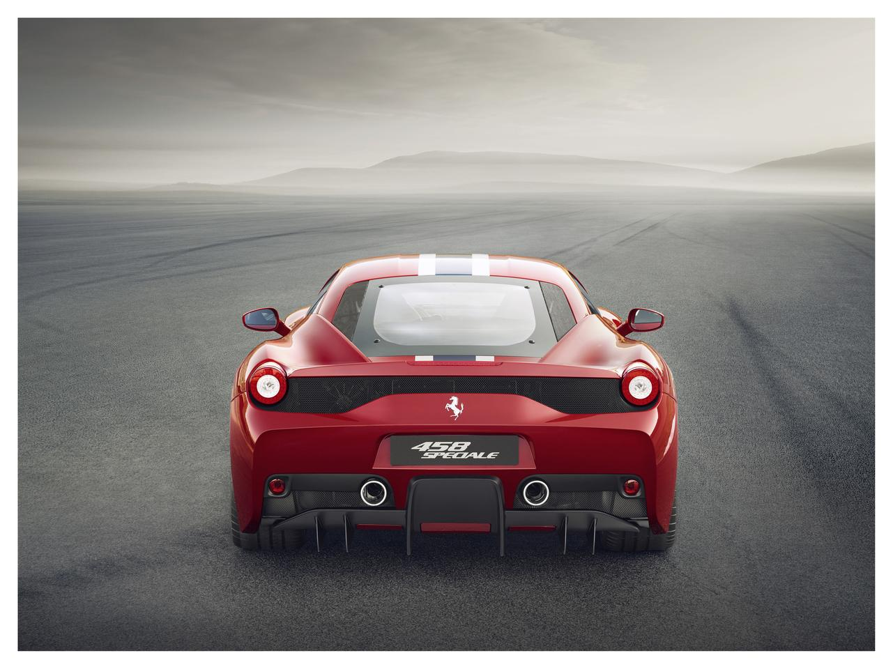 The 458 Speciale gets new moveable aerodynamics in front and back