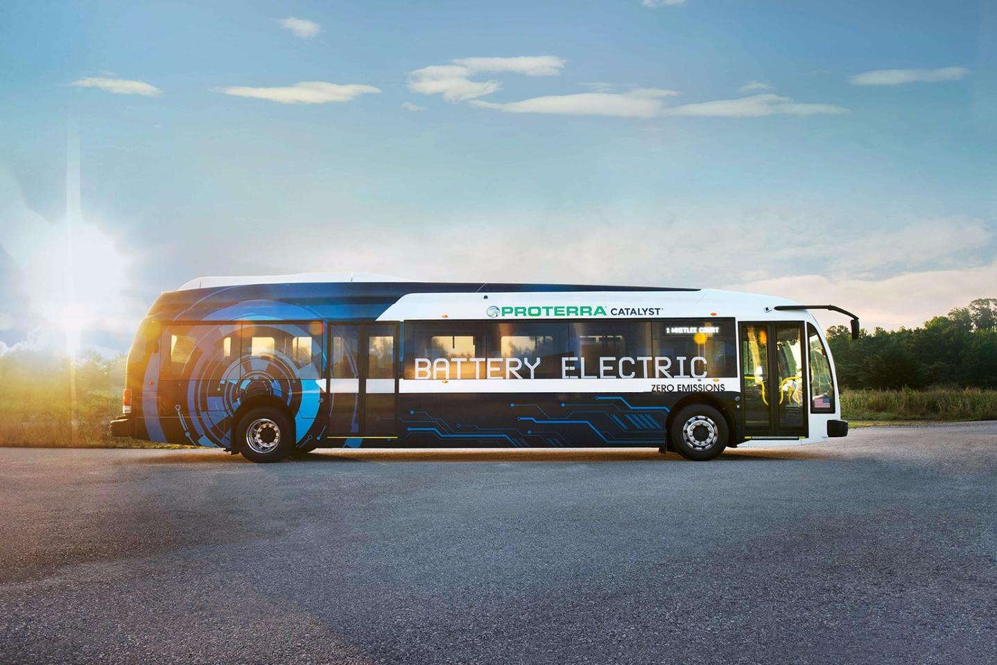 Proterra's new drivetrain equips its Catalyst E2 Max bus with a nominal range of 426 mi (660 km)