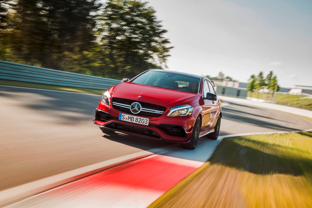 In addition to the power boost, the A45's engine peak torque is up 25 Nm to 475 Nm while shorter gear ratios help the car bolt out of the blocks harder than before