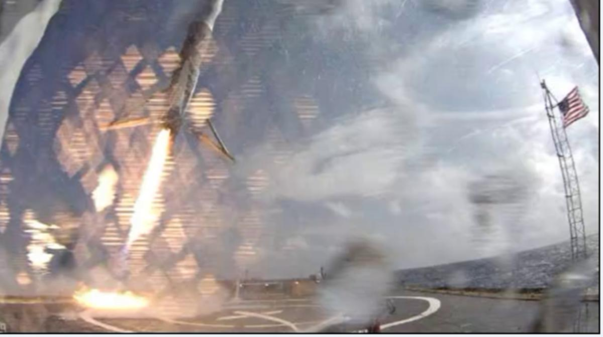 Falcon 9 making its landing attempt