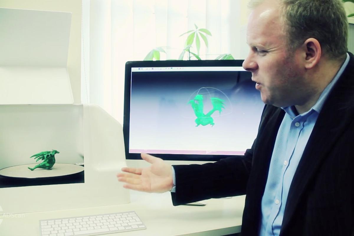 CADScan3D co-founder Alastair Buchanan shows off his desktop 3D scanner
