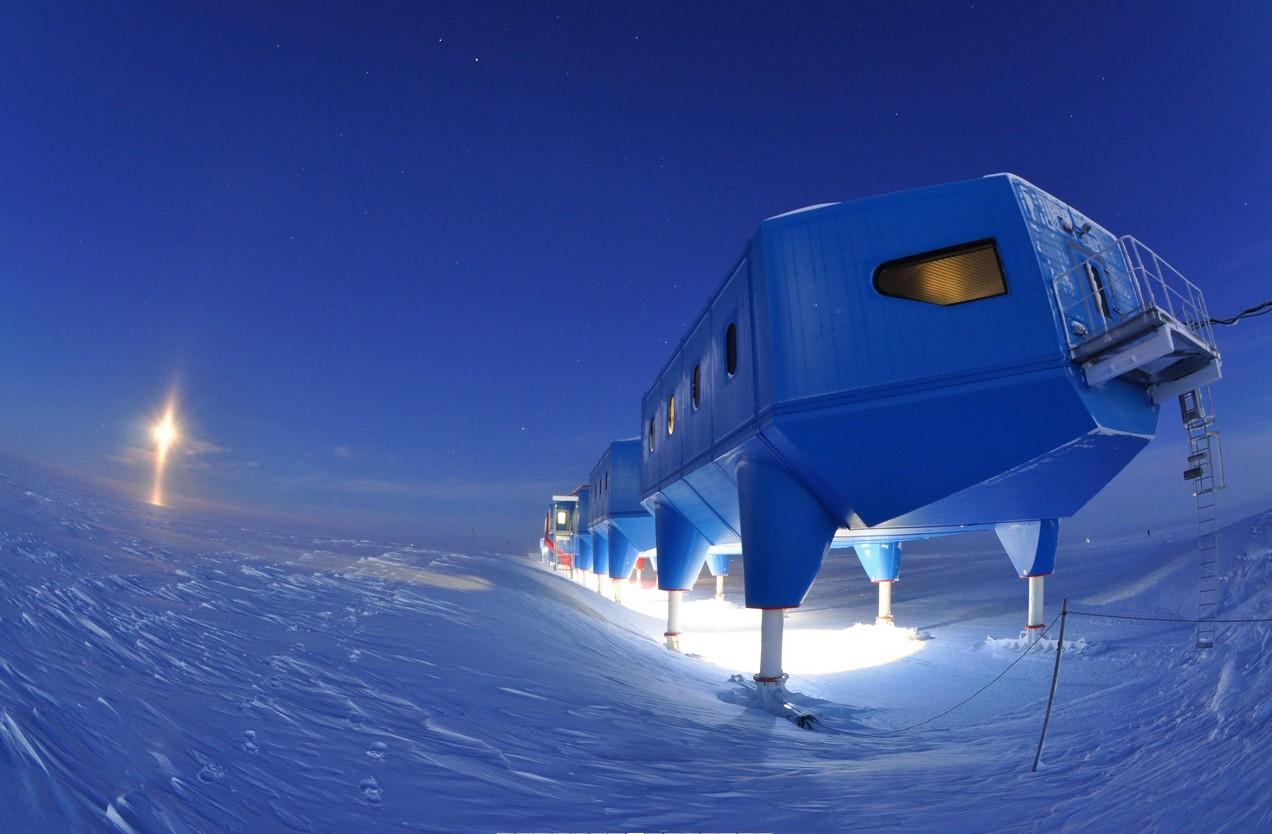 Halley VI will be abandoned over the winter for safety reasons