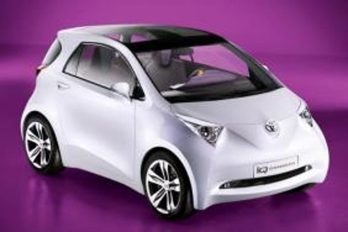 Toyota iQ concept car