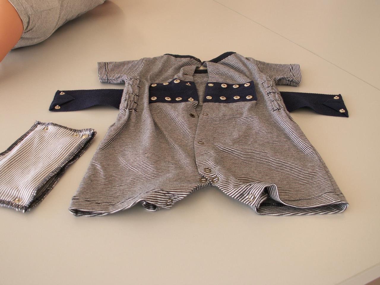 It may look like prison-wear for babies, but this romper may actually help in the fight against Sudden Infant Death Syndrome