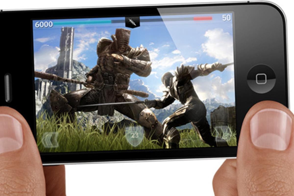Movies and gaming on iPhone could benefit from a 4-inch screen (Photo: Apple)
