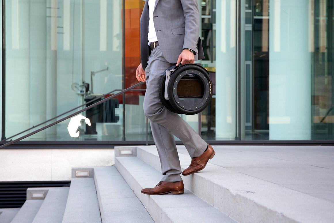 When folded, the UrmO can be carried like a briefcase