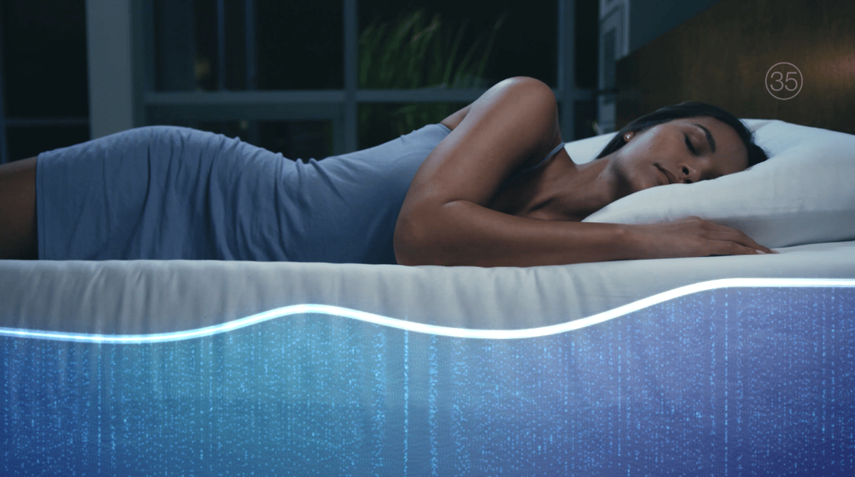 Air chambers inside the mattress self-adjust during the night in response to changes in the sleep positions of each person
