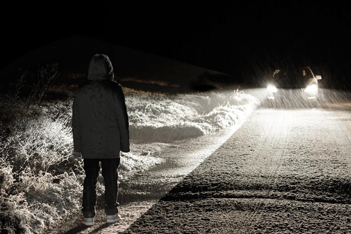 New spotlight function for Active Night View Assist Plus illuminates pedestrians